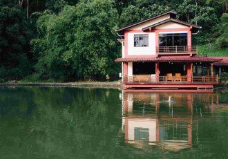 Lakeside Villa 1