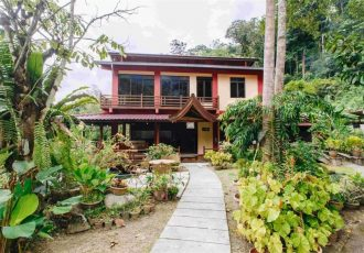 Lakeside Villa 2