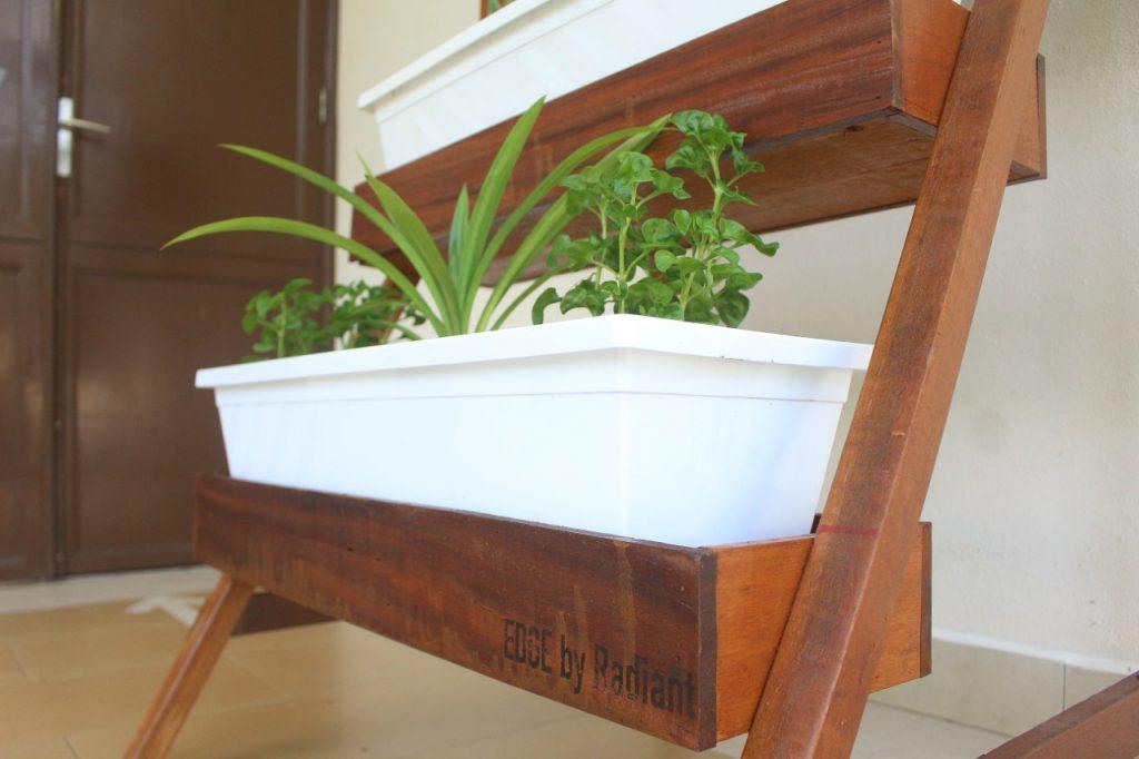 thumbnail_Ladder Planter Shade (10)