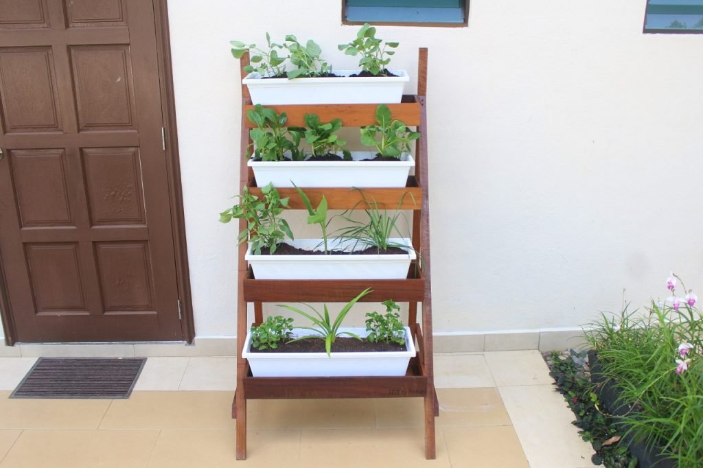 thumbnail_Ladder Planter Sun (2)