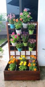 Planter Box_Flowers 4 LQ